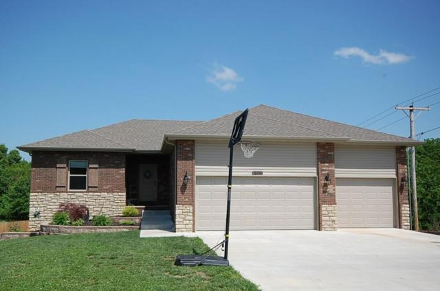 828 Mark Street, Willard, MO 65781 (MLS #60137547) :: Sue Carter Real Estate Group