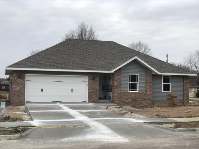 4533 W Tarkio Street, Springfield, MO 65802 (MLS #60137607) :: Sue Carter Real Estate Group