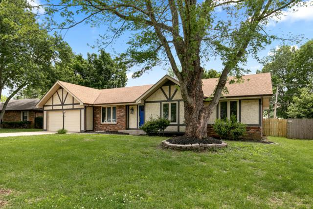 1062 E Manchester Drive, Springfield, MO 65810 (MLS #60137756) :: Sue Carter Real Estate Group