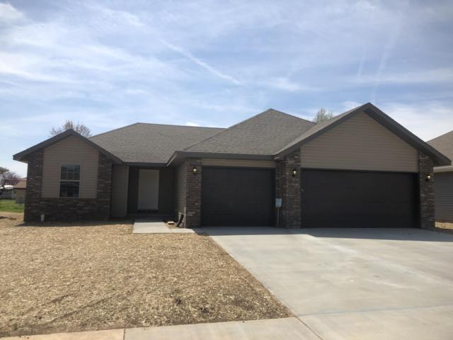 4541 W Tarkio Street, Springfield, MO 65802 (MLS #60137958) :: Team Real Estate - Springfield