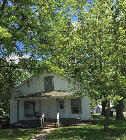2000 N Pickwick Avenue, Springfield, MO 65803 (MLS #60137974) :: Team Real Estate - Springfield
