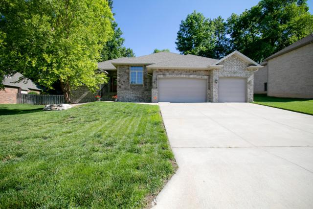 2927 W Nottingham Street, Springfield, MO 65810 (MLS #60138361) :: Sue Carter Real Estate Group