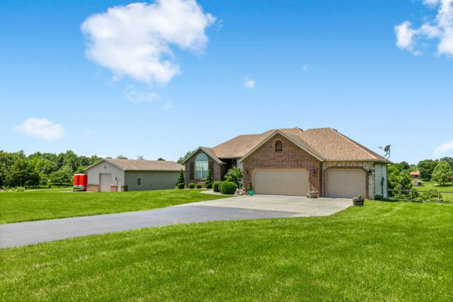 1211 S Hickory Lane, Nixa, MO 65714 (MLS #60138394) :: Sue Carter Real Estate Group