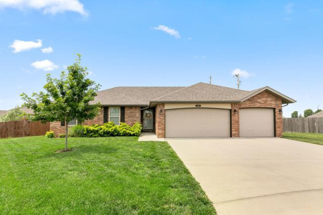 2105 E Milton Street, Republic, MO 65738 (MLS #60138833) :: Sue Carter Real Estate Group