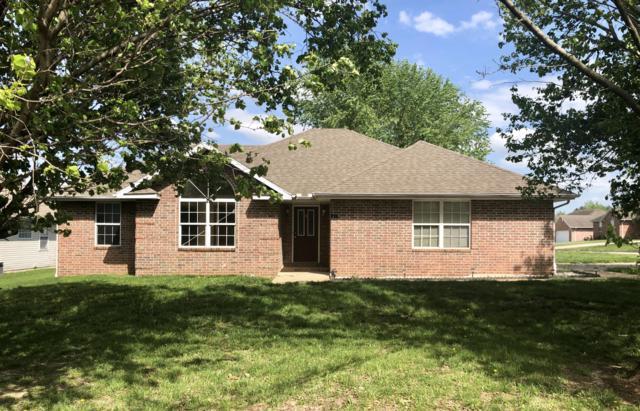 920 Woodhurst, Marshfield, MO 65706 (MLS #60139443) :: Team Real Estate - Springfield