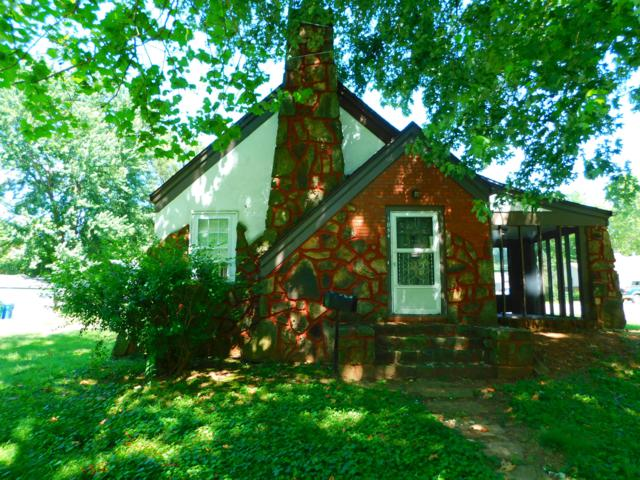 1854 S Fort Avenue, Springfield, MO 65807 (MLS #60139561) :: Team Real Estate - Springfield