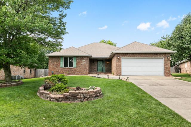 1087 E Pendleton Place, Springfield, MO 65810 (MLS #60139986) :: Sue Carter Real Estate Group