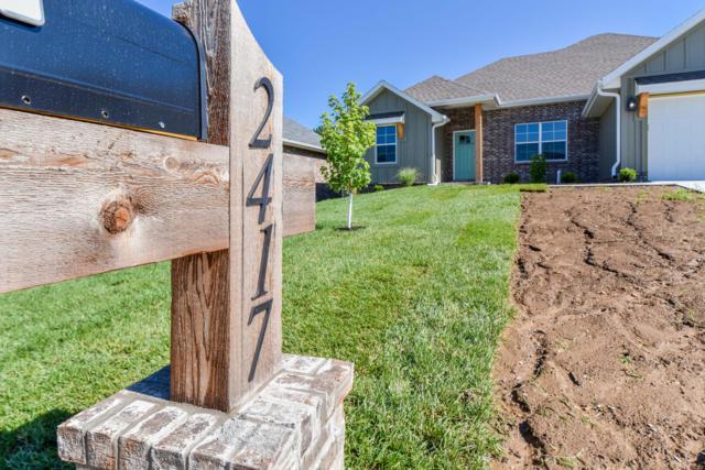2417 W Camino Alto Street, Springfield, MO 65810 (MLS #60140052) :: Sue Carter Real Estate Group