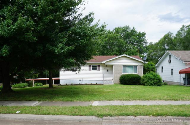 2433 N Johnston Avenue, Springfield, MO 65803 (MLS #60140451) :: Weichert, REALTORS - Good Life