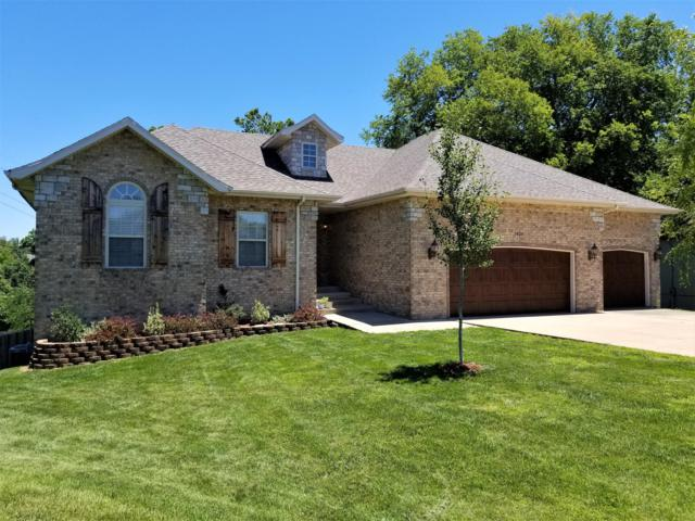 5404 S Pinehurst Avenue, Springfield, MO 65810 (MLS #60140526) :: Sue Carter Real Estate Group