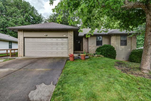 2386 S Orchard Crest Avenue, Springfield, MO 65807 (MLS #60140886) :: Sue Carter Real Estate Group