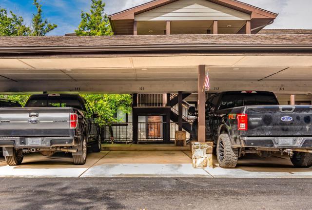 310 Sunset Cove Boulevard #323, Branson, MO 65616 (MLS #60141300) :: Sue Carter Real Estate Group