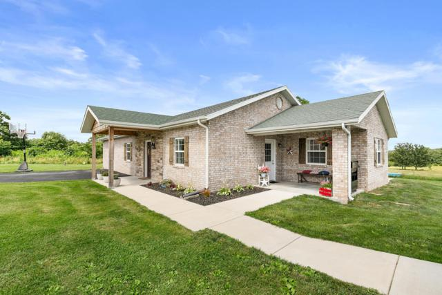 21549 Lawrence 2230, Aurora, MO 65605 (MLS #60141416) :: Sue Carter Real Estate Group