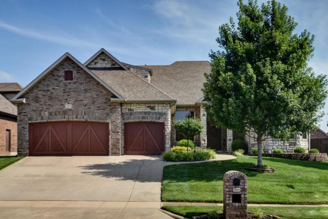 2829 E Woodford Street, Springfield, MO 65804 (MLS #60141490) :: Sue Carter Real Estate Group