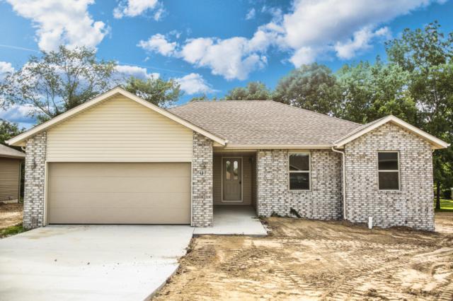 421 Denver Place, Bolivar, MO 65613 (MLS #60141603) :: Sue Carter Real Estate Group