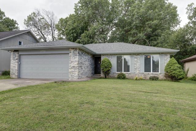2732 E Verona Street, Springfield, MO 65804 (MLS #60141631) :: Sue Carter Real Estate Group