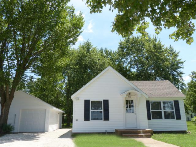 526 S Pine Street, Marshfield, MO 65706 (MLS #60141803) :: Team Real Estate - Springfield