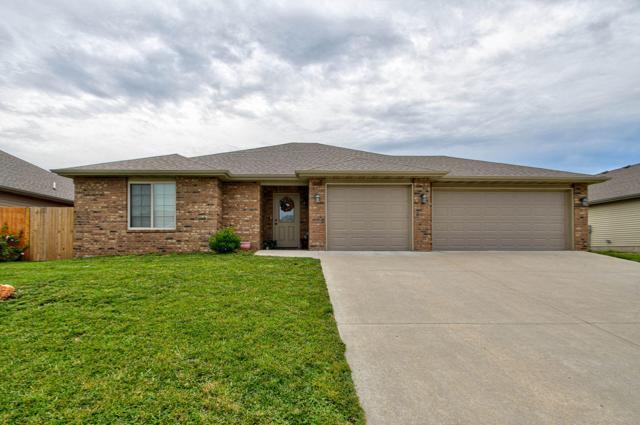 3110 N Albertha Avenue, Springfield, MO 65803 (MLS #60141805) :: Sue Carter Real Estate Group