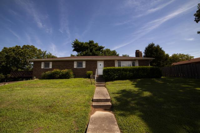 605 W Hadley Street, Aurora, MO 65605 (MLS #60141807) :: Sue Carter Real Estate Group