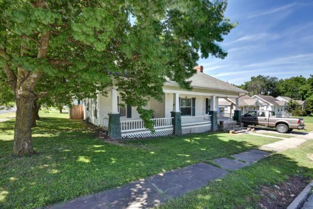 437 E Center Street, Mt Vernon, MO 65712 (MLS #60141886) :: Sue Carter Real Estate Group