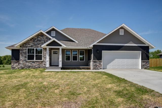 1172 Robins Nest Hill, Mt Vernon, MO 65712 (MLS #60141904) :: Massengale Group