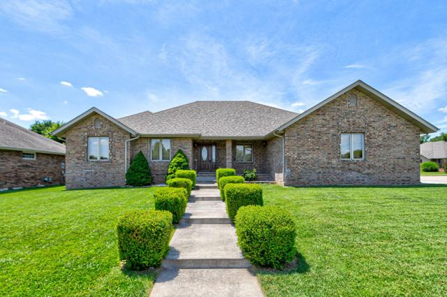 2303 S April Avenue, Springfield, MO 65807 (MLS #60141923) :: Sue Carter Real Estate Group