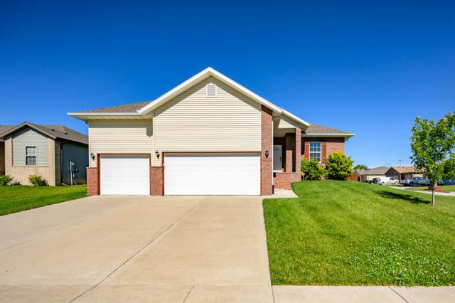 3104 N Marion Avenue, Springfield, MO 65803 (MLS #60141970) :: Sue Carter Real Estate Group
