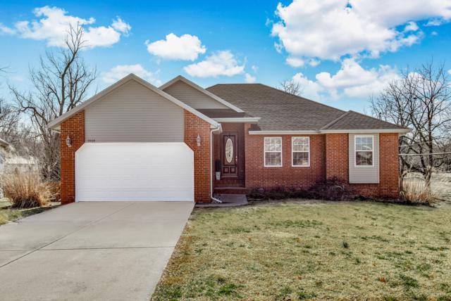 3004 E Eastmoor Court, Springfield, MO 65804 (MLS #60142148) :: Sue Carter Real Estate Group