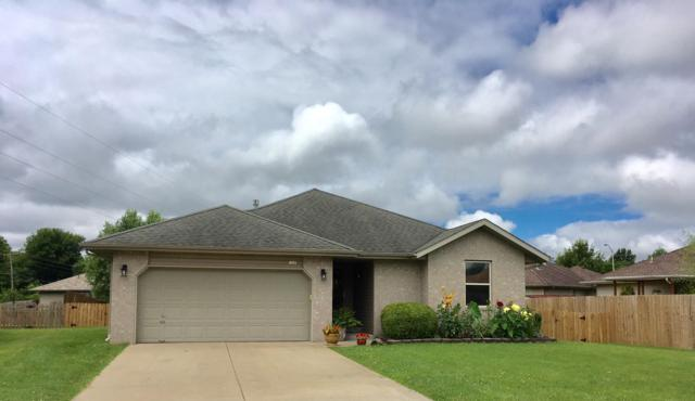 1021 N Scott Court, Springfield, MO 65803 (MLS #60142209) :: Sue Carter Real Estate Group