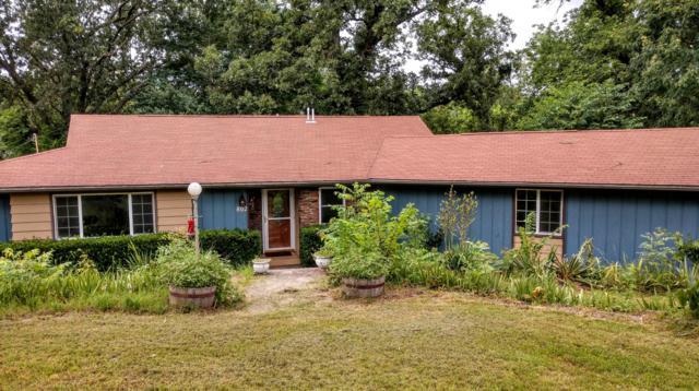 802 Hickory Street, Cassville, MO 65625 (MLS #60142237) :: Weichert, REALTORS - Good Life