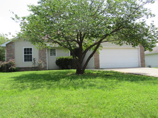 3050 N Howard Avenue, Springfield, MO 65803 (MLS #60142325) :: Sue Carter Real Estate Group