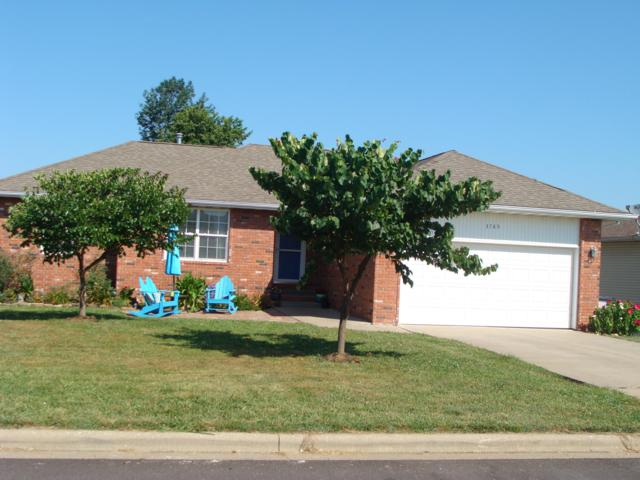 3785 W Greenway Drive, Springfield, MO 65807 (MLS #60142568) :: Sue Carter Real Estate Group