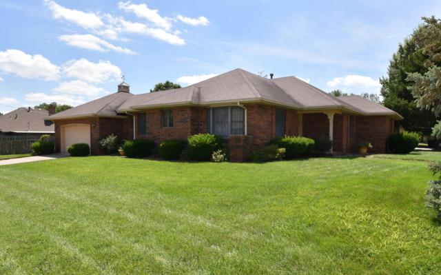 3334 W Tracy Court, Springfield, MO 65807 (MLS #60142707) :: Sue Carter Real Estate Group