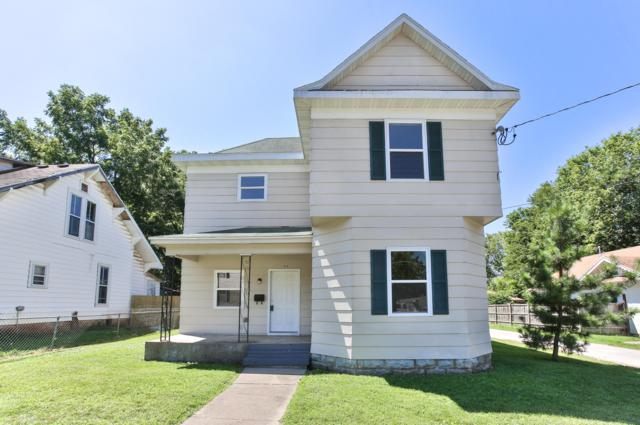 916 W Pershing Street, Springfield, MO 65806 (MLS #60143703) :: The Real Estate Riders