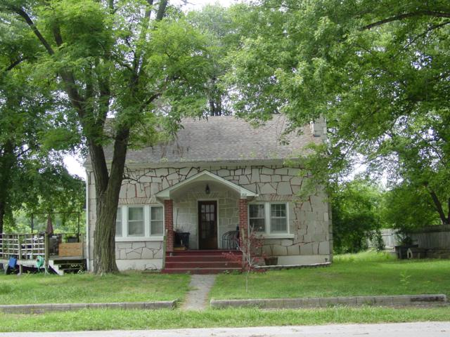 202 N Hemphill Avenue, Crane, MO 65633 (MLS #60144077) :: Team Real Estate - Springfield
