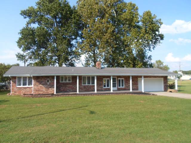 3935 W Dover Street, Springfield, MO 65802 (MLS #60147624) :: Sue Carter Real Estate Group