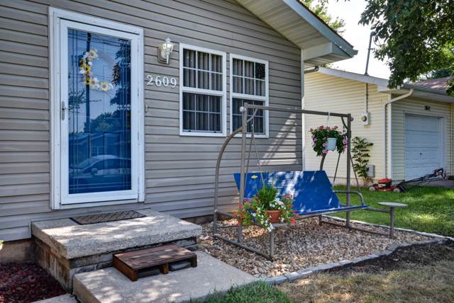 2609 E Atlantic Street, Springfield, MO 65803 (MLS #60148557) :: The Real Estate Riders