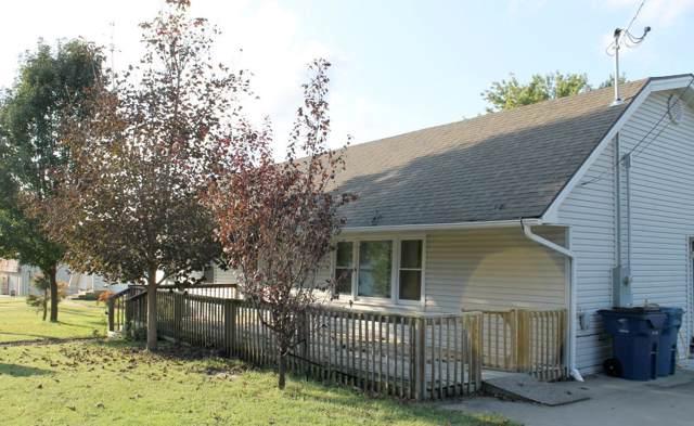 111 E Oak Street, Stockton, MO 65785 (MLS #60148685) :: Sue Carter Real Estate Group