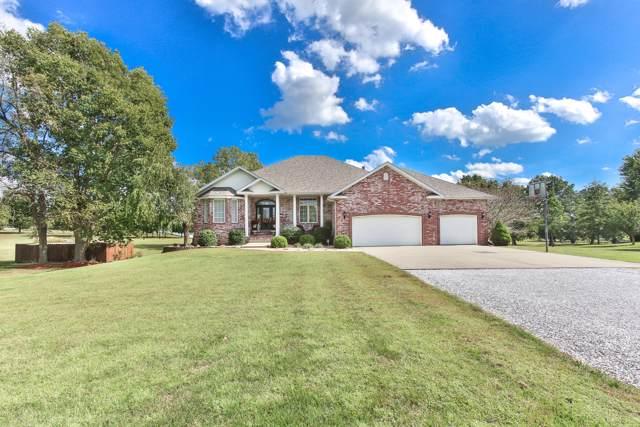 3802 N Bobolink, Ozark, MO 65721 (MLS #60148843) :: Sue Carter Real Estate Group