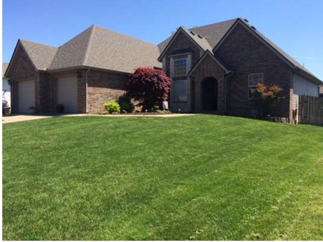 303 Prairie Lane, Monett, MO 65708 (MLS #60149253) :: Team Real Estate - Springfield