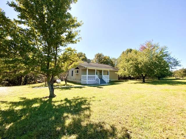 9453 State Rte F, Koshkonong, MO 65692 (MLS #60149749) :: Sue Carter Real Estate Group