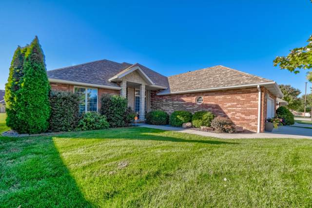 2439 W Dearborn Street, Springfield, MO 65807 (MLS #60149983) :: The Real Estate Riders