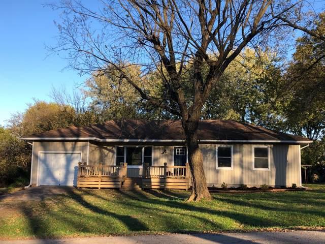 818 N Ward Street, Stockton, MO 65785 (MLS #60150973) :: Sue Carter Real Estate Group