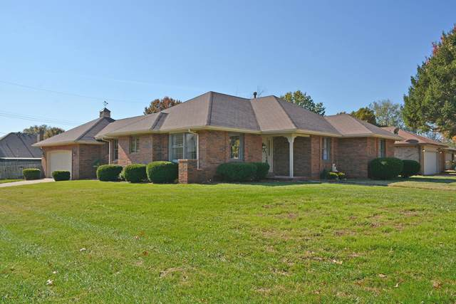 3334 W Tracy Court, Springfield, MO 65807 (MLS #60151113) :: Sue Carter Real Estate Group