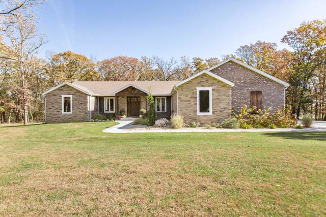 207 Country Club Drive, Marshfield, MO 65706 (MLS #60151529) :: Team Real Estate - Springfield