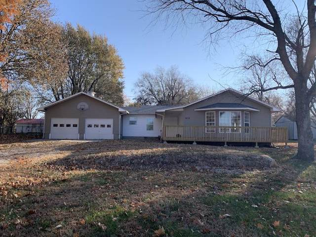 410 N Meadow Lane, Bolivar, MO 65613 (MLS #60151928) :: Team Real Estate - Springfield