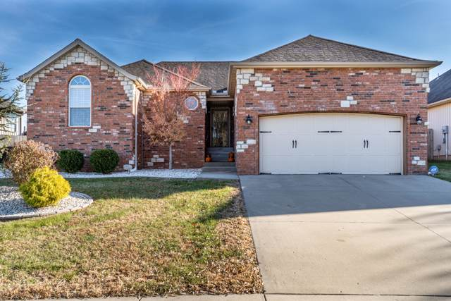 1776 W Lennox Drive, Springfield, MO 65810 (MLS #60152123) :: Sue Carter Real Estate Group