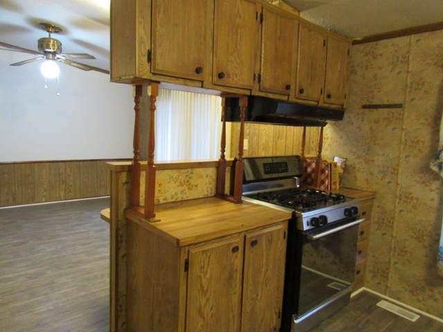 1211 W Estate Lane, Joplin, MO 64801 (MLS #60152165) :: Weichert, REALTORS - Good Life