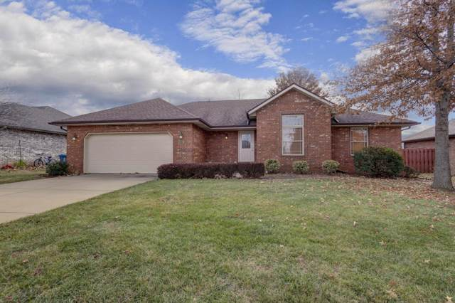 1006 E Eagle Rock Drive, Ozark, MO 65721 (MLS #60152239) :: Sue Carter Real Estate Group