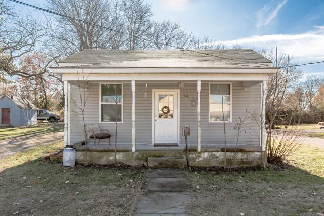 546 W Jackson Street, Marshfield, MO 65706 (MLS #60152452) :: Team Real Estate - Springfield